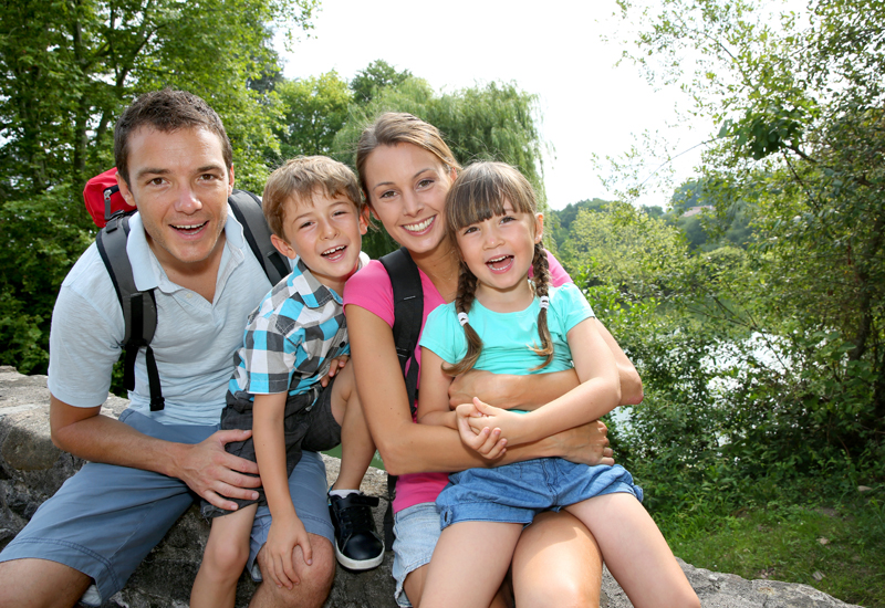 5939-BH-Aug-14-generic-family-shot-cout-bha.jpg