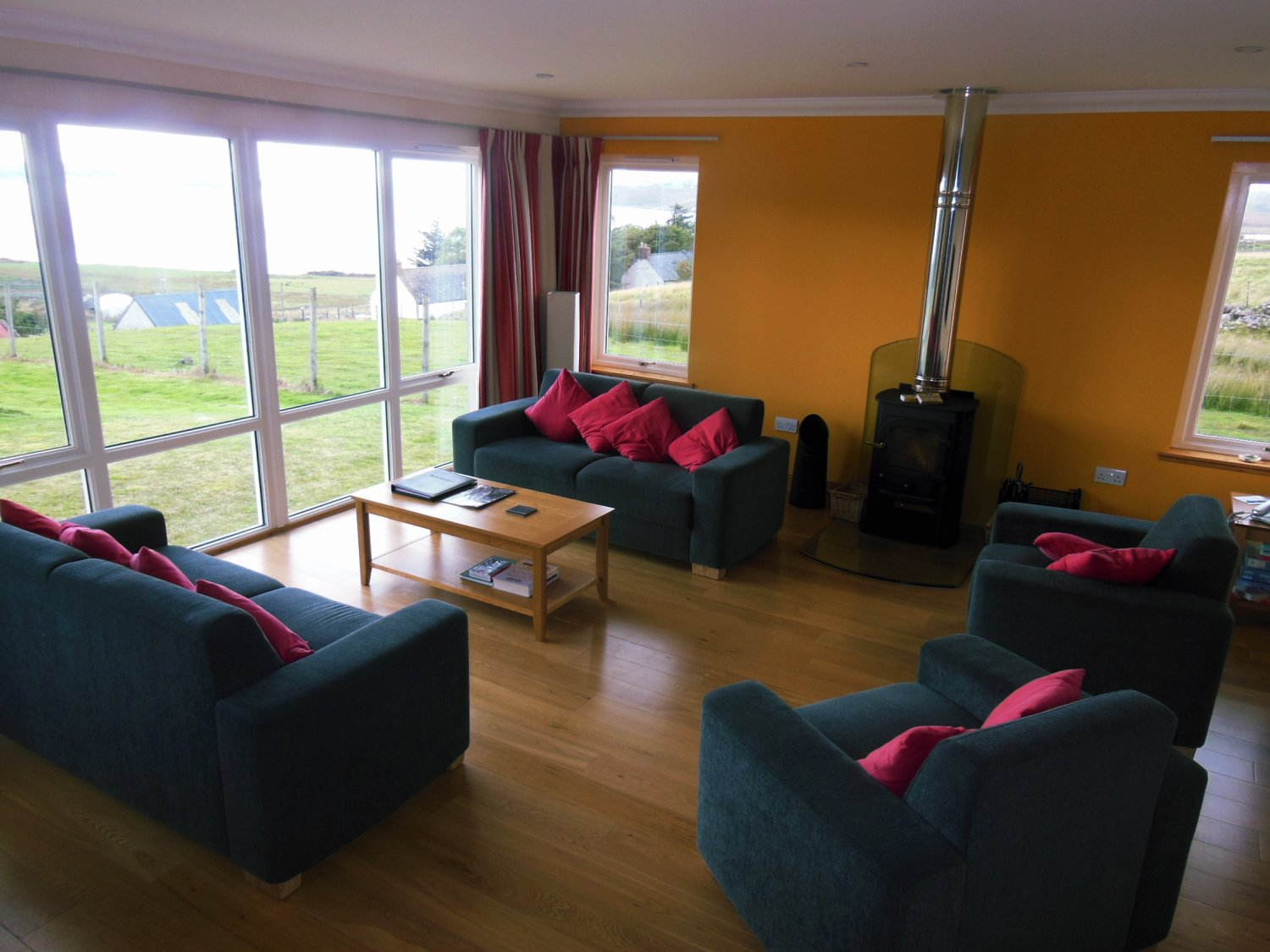 Summer Isles Hotel - Lounge