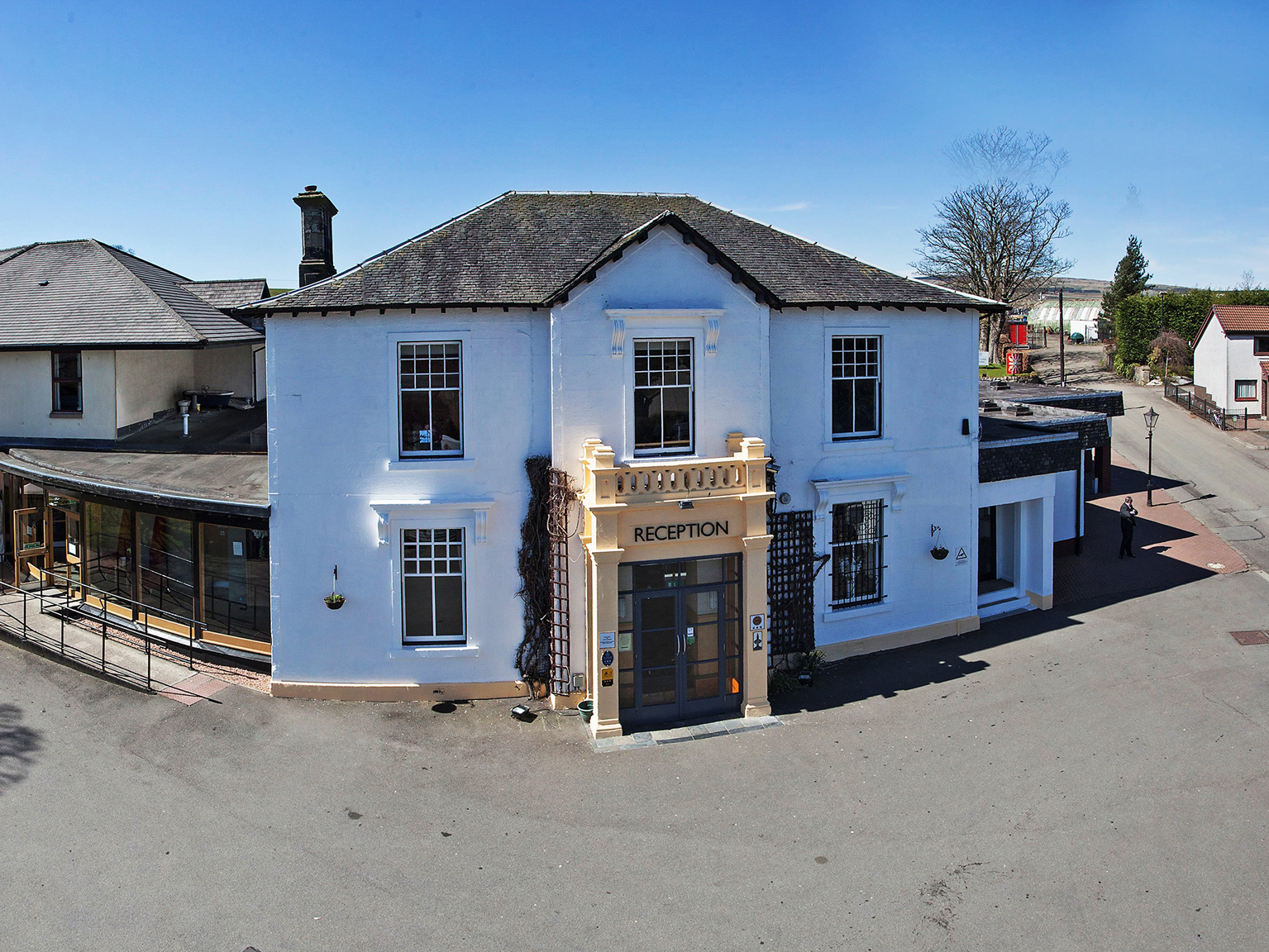 52 Bed Castlecary House Hotel On The Market After 40 Years