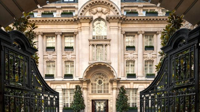 rosewood-london-entrance