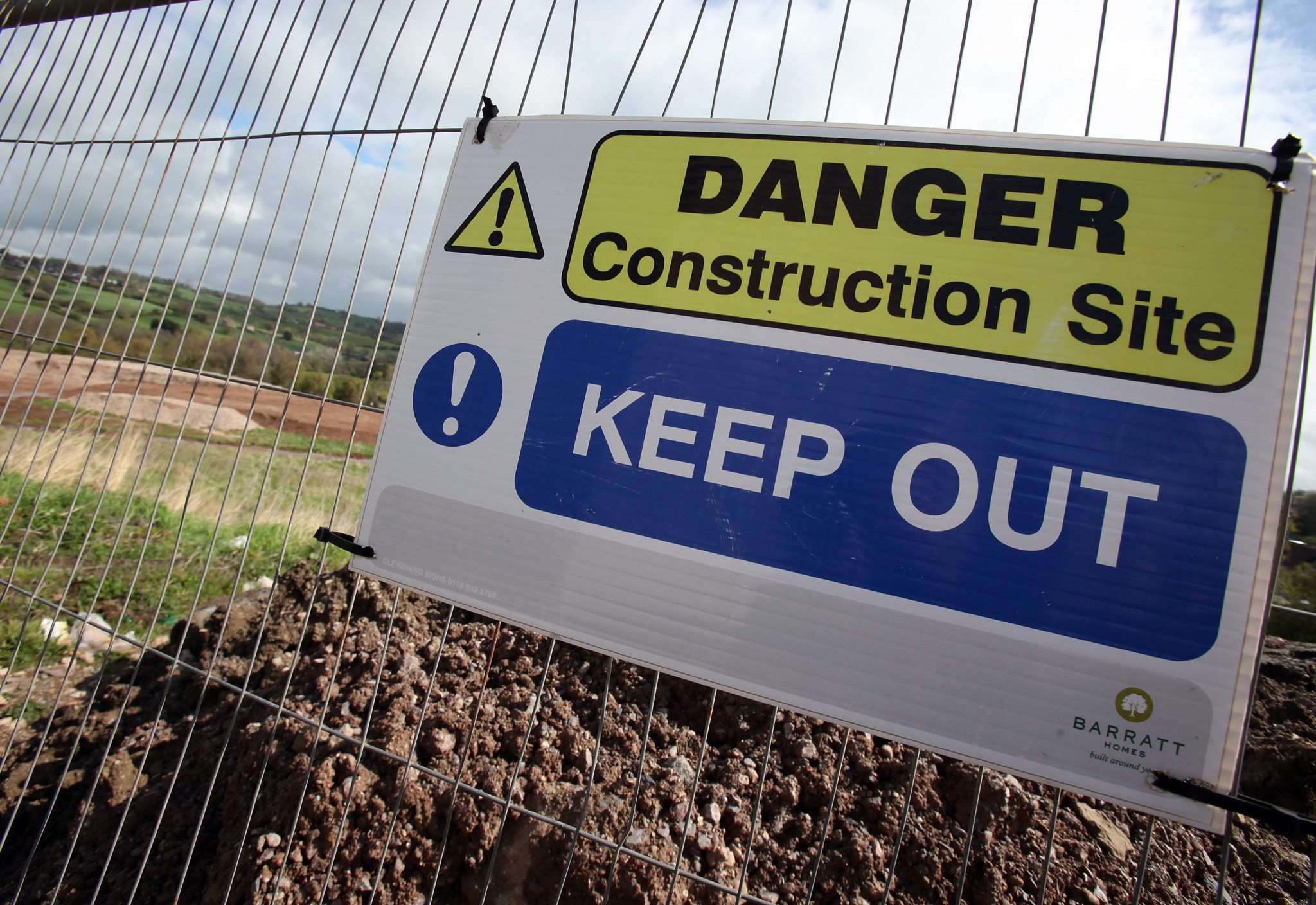 Construction Downturn Leads UK Into Double Dip Recession