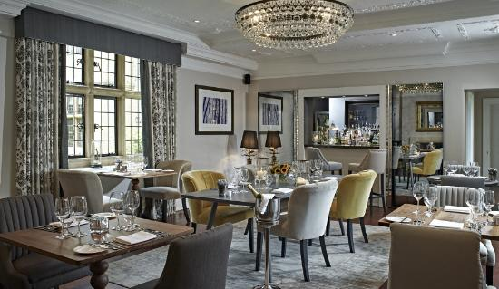 foxhill-manor-dining