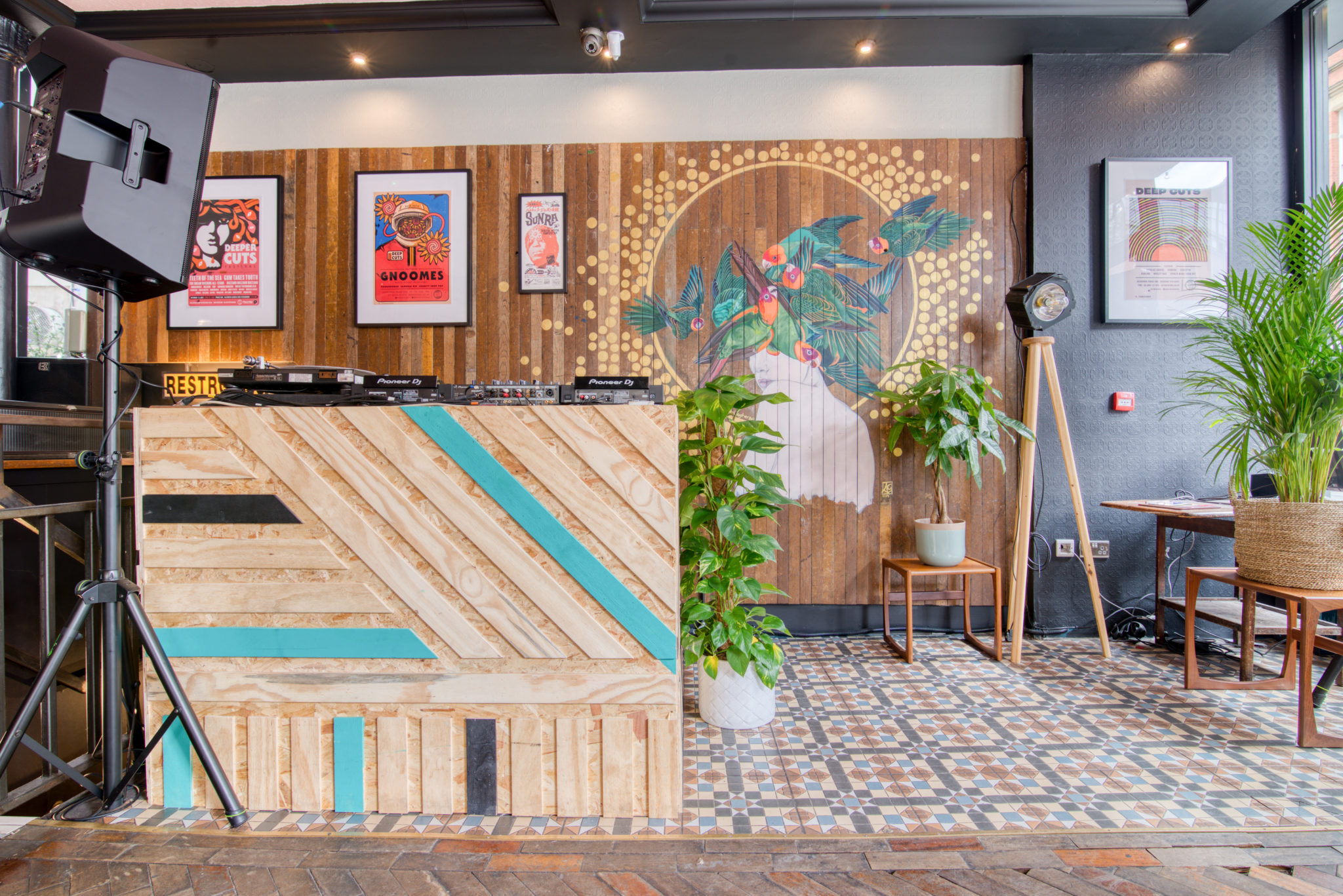 Groovy Latin American Hotel Startup Opens First Uk Location In Download Free Architecture Designs Jebrpmadebymaigaardcom